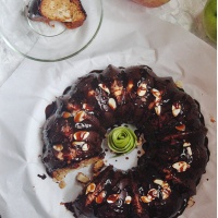 Apple Bundt Cake w/ Vanilla Glaze